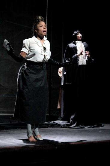 © Clémence Hérout http://blog.athenee-theatre.com/ <br />